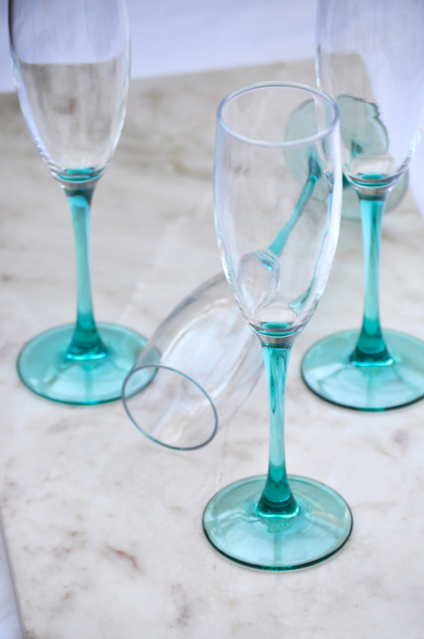 VINTAGE FRENCH GREEN FOOT CHAMPAGNE GLASSES - SET OF 4
