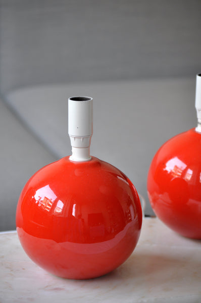 VINTAGE RED PORCELAIN BALL LAMPS