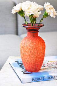 VINTAGE ORANGE/RED GLASS VASE