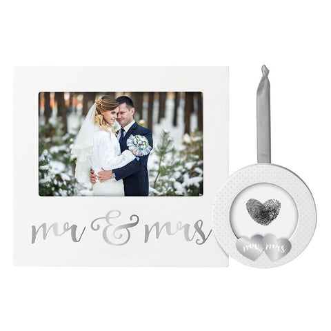 Pearhead's mr and mrs frame and ornament set