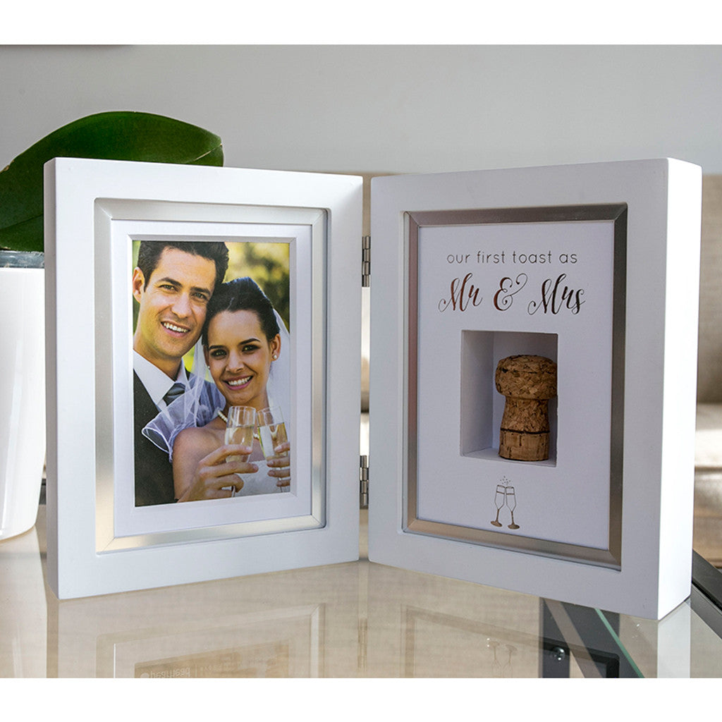 wedding cork keepsake frame – Pearhead
