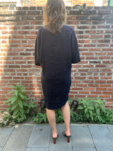 Load image into Gallery viewer, Linen V Neck Cocoon Dress