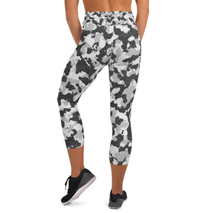 Yoga Capri Leggings - black camo