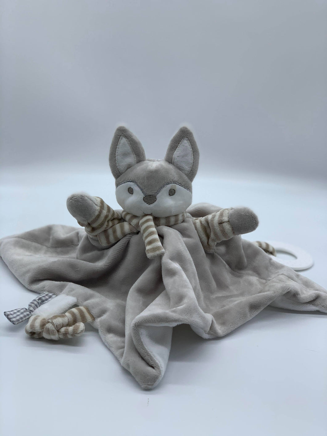 Doudou Grey Fox Teether & Comforter