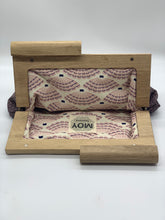 Load image into Gallery viewer, Moy Mauve Leather Weave Clutch