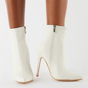 Revive Pointy Ankle Boots in White