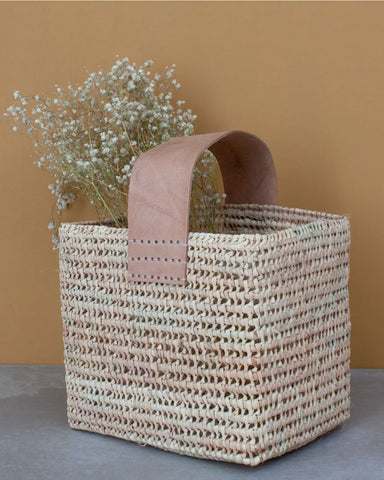 Tall forage basket bag