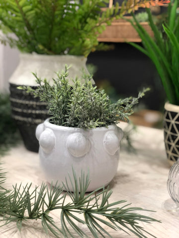 White ceramic bobble pot