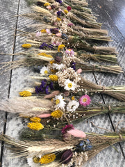 Dried flower bundle