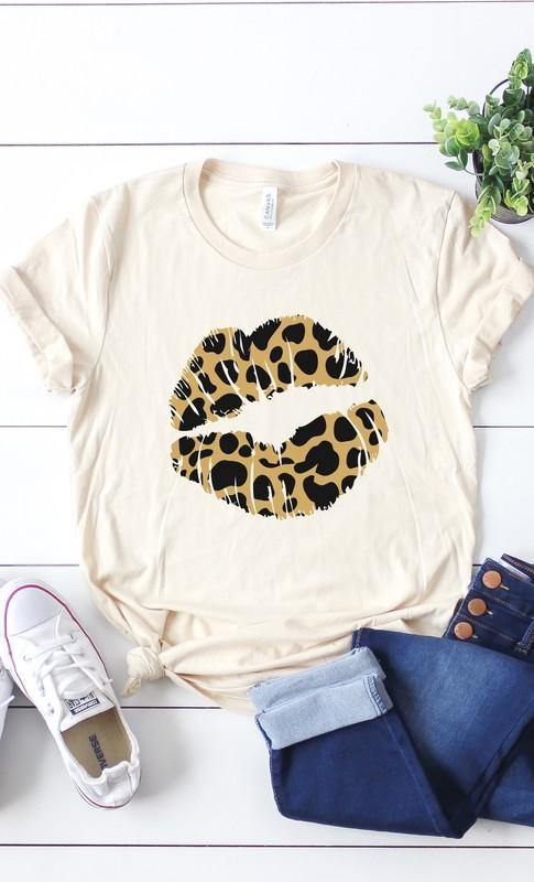 LEOPARD PRINT LIPS GRAPHIC TEE