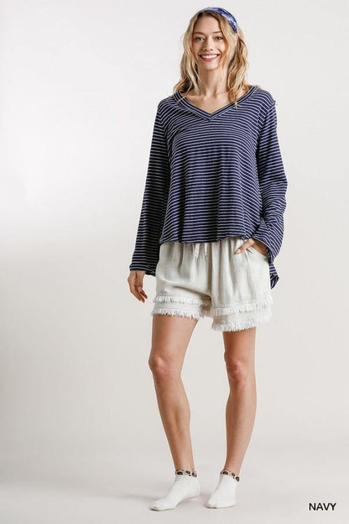 ZOE STRIPED V NECK TOP