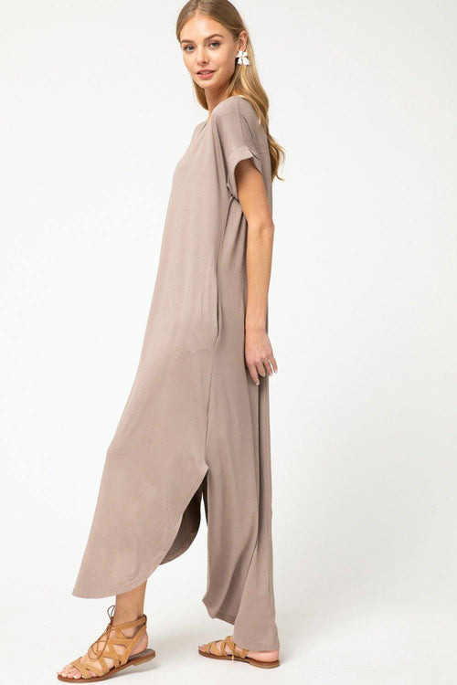 LUCY V NECK POCKET MAXI DRESS