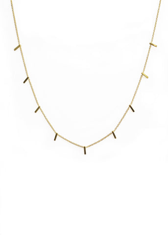 staple necklace