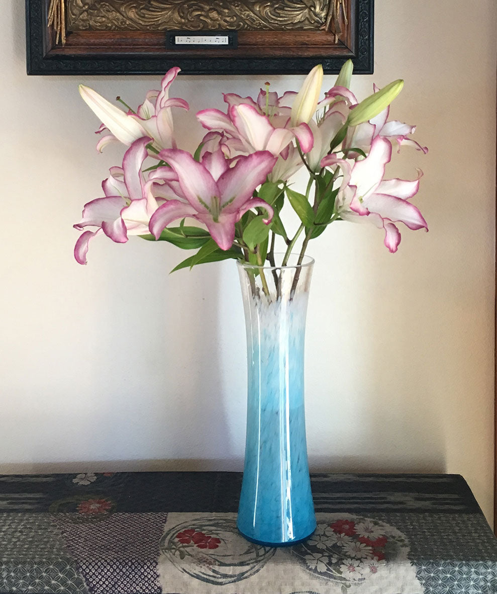 Tower Vase Teal White