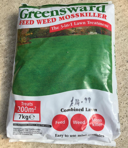 Crafty Gardens Greesward 3 in 1 Feed Weed & Mosskiller - 7kg