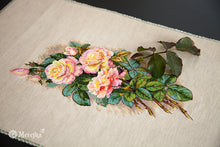 Load image into Gallery viewer, Vintage Roses