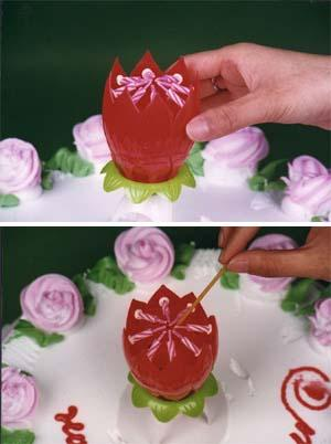 Rotating Musical Flower Candle