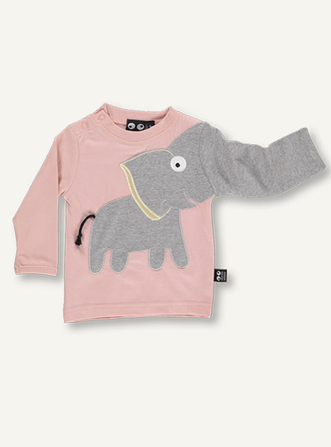 UBANG baby t-shirt with long-sleeved and elephant motif. The t-shirt is a dusty pink colour and features an elephant on the front, where the trunk turns into on the sleeves.
