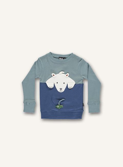 UBANG long-sleeved polarbear t-shirt in the colour slate. It features a polarbear appliqué on the front and a small fish can be placed in the front pocket.
