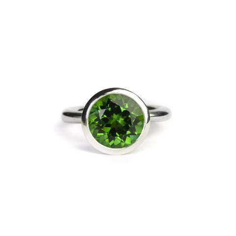 Delphi ring with tourmaline