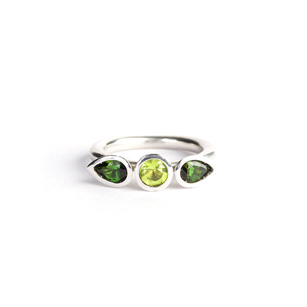 Delphi Trilogy ring with green tourmaline