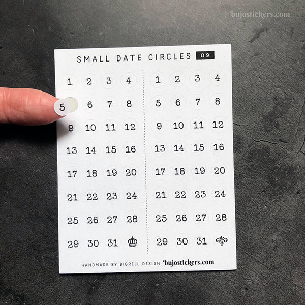 Small Date Circles 09