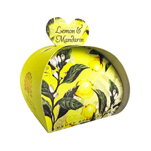 Load image into Gallery viewer, English Soap Company Lemon & Mandarin Guest Soaps - Derbyshire Gift Centre