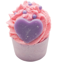 Load image into Gallery viewer, Bomb Cosmetics Cupcake Bath Mallow - Berried Alive - Derbyshire Gift Centre