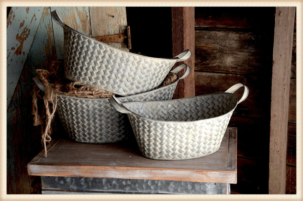 Basket Weave Metal Basket