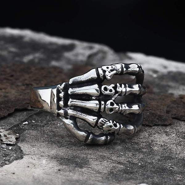 CLAW STAINLESS STEEL SKULL RING