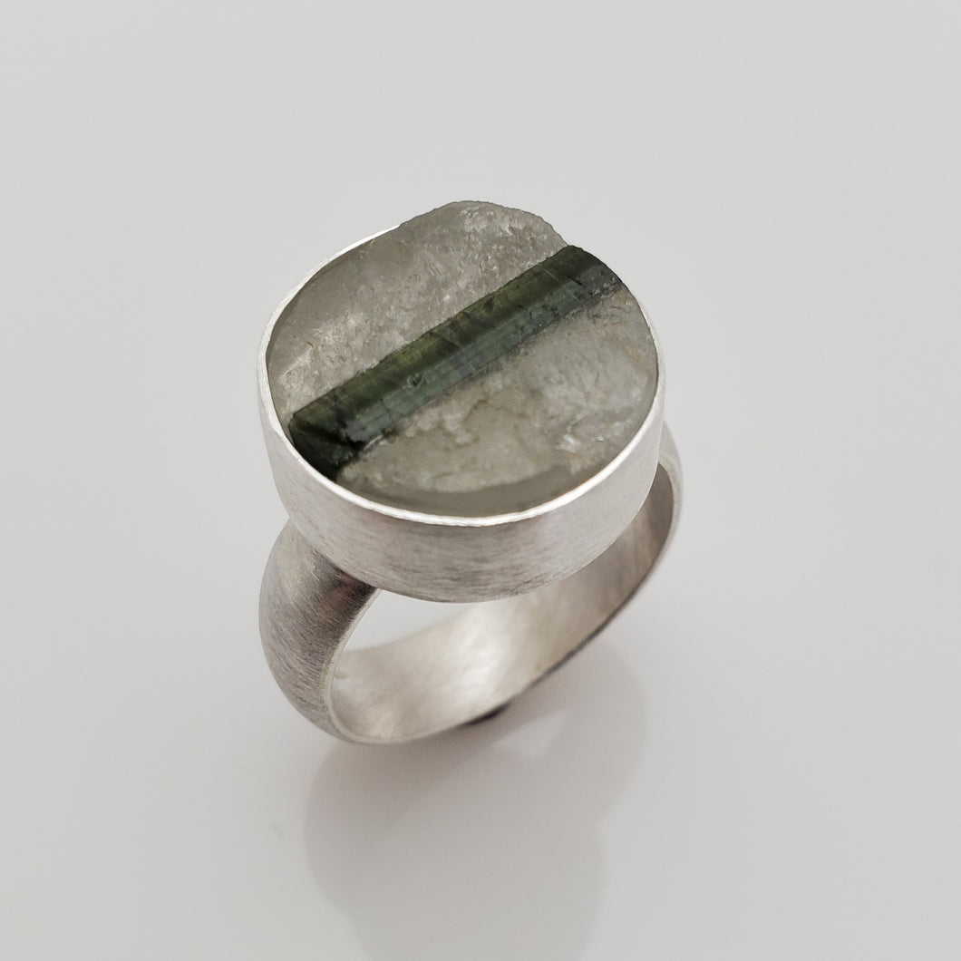 QUARTZ WITH GREEN TOURMALINE RING