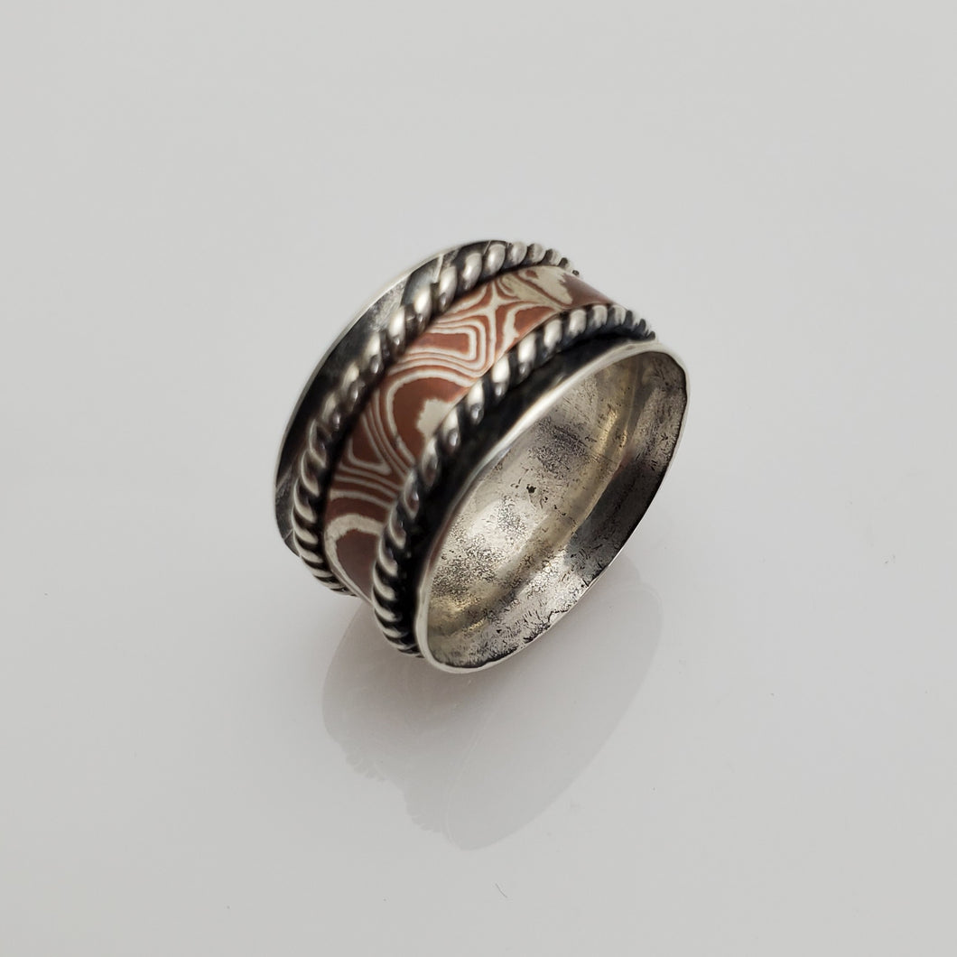 SPINNER RING WITH MOKUME GANE