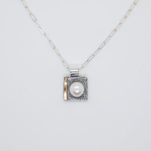 SQUARE PENDANT WITH 14KGF AND FRESHWATER PEARL