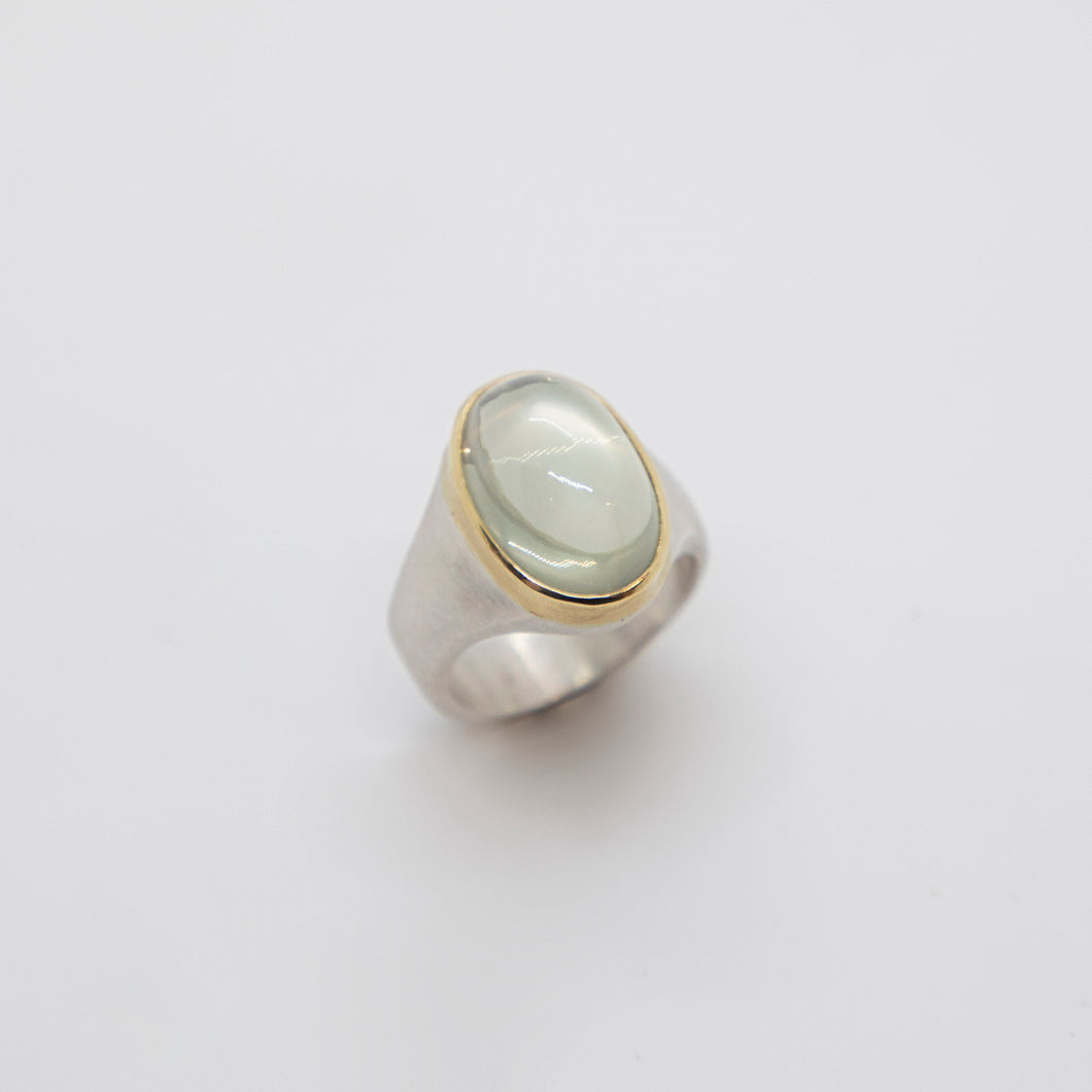 STERLING SILVER & GOLD MOONSTONE RING