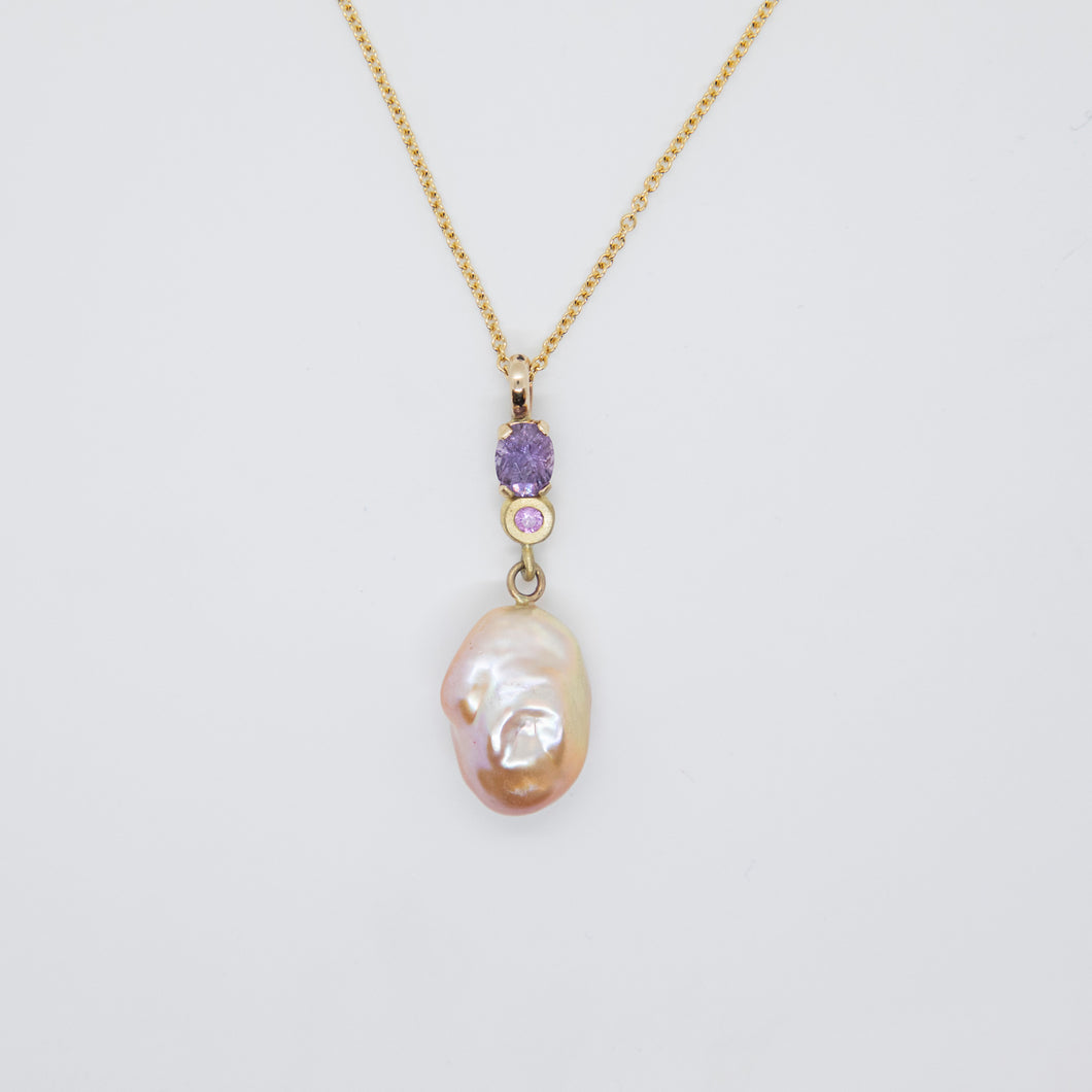 FRESHWATER PEARL SAPPHIRE NECKLACE