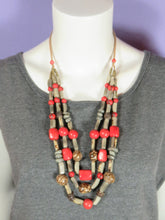 Load image into Gallery viewer, Tagua - Necklace - Clara - 2 colors