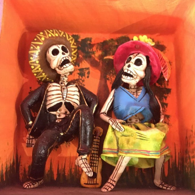 Retablo - Dancing Couple