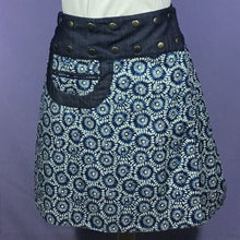 Load image into Gallery viewer, Reversible Snap Skirt - Starburst/Peacock
