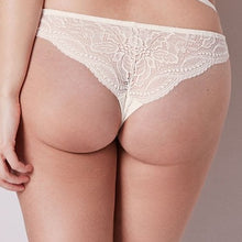 Load image into Gallery viewer, Simone Perele Eden Tanga - Last Chance Style - 10% Off