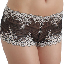 Load image into Gallery viewer, Wacoal Embrace Lace Boyshort