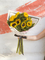 Load image into Gallery viewer, Sweet Sunflower Bunch