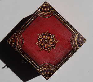 Wooden Jewellery/Keepsake Box (Square L)