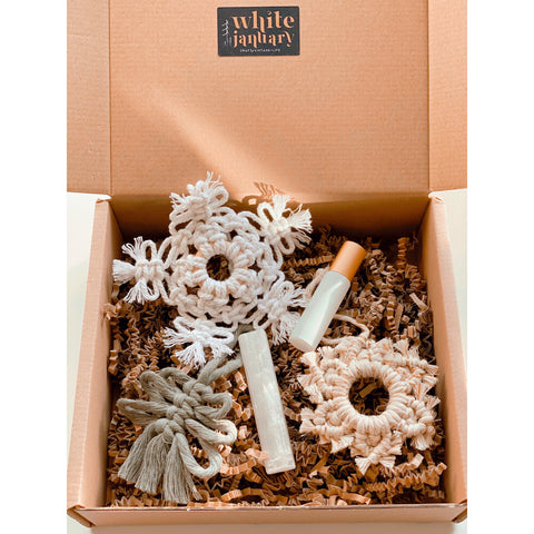 """Christmas"" Gift Set - White January"