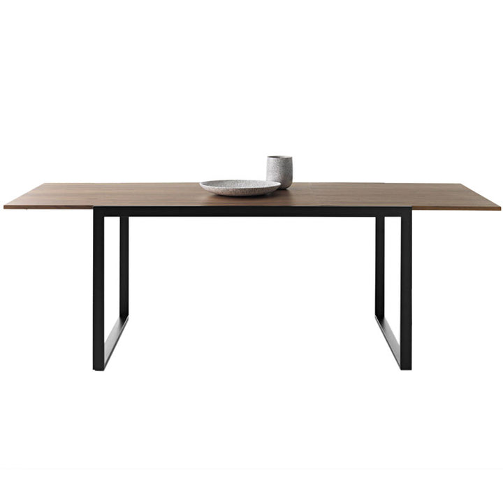 WOW PLUS RECTANGULAR DINING TABLE