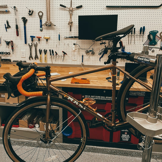 CYKL SERVICE - Flats or Adjustments of Brakes, Derailleur, Cables, Chains, and Cassettes