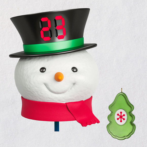 Hallmark Countdown to Christmas Snowman Tree Topper With Light