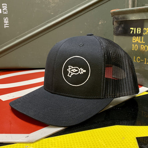 PPT ALL BLACK TRUCKER