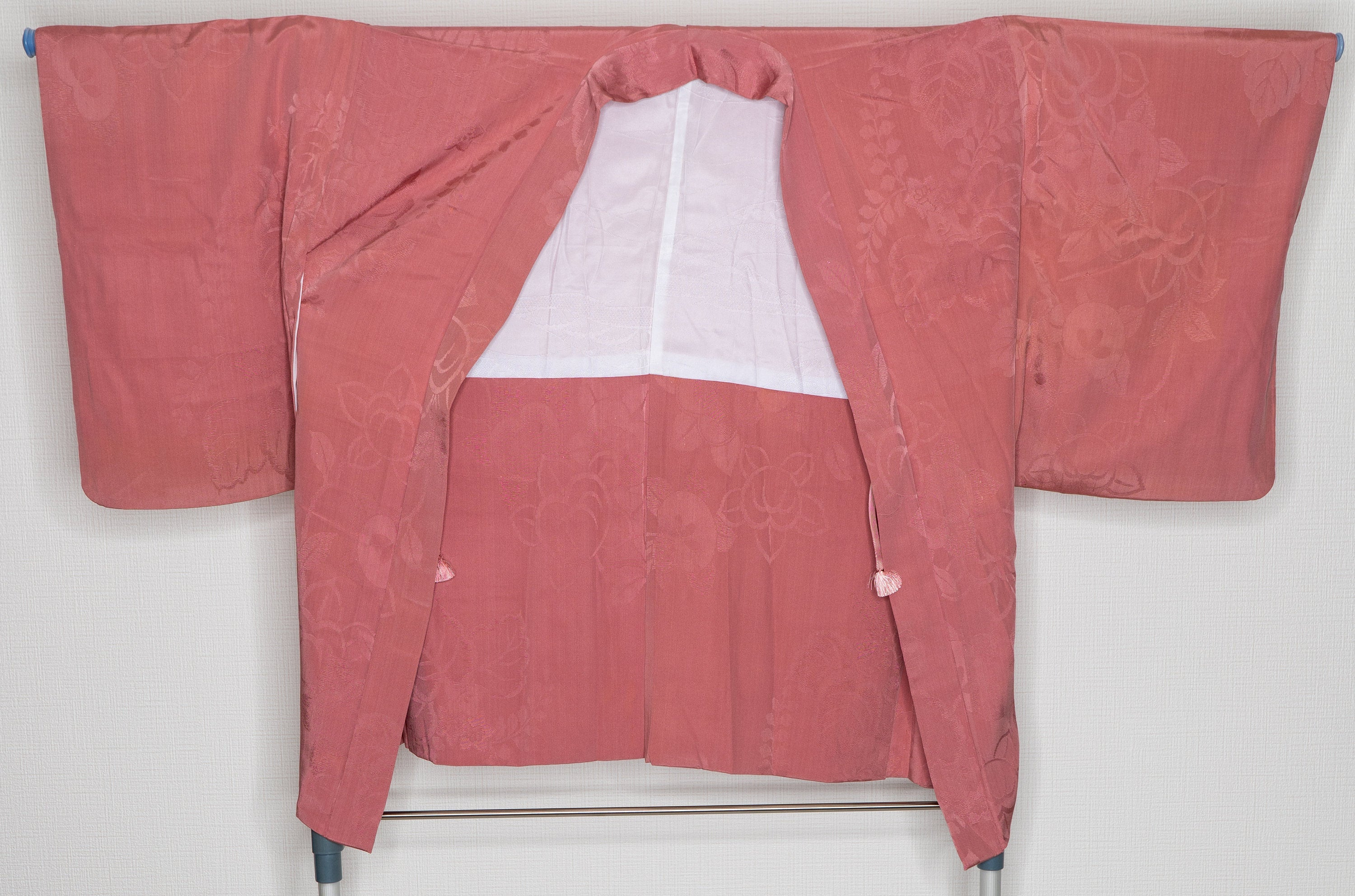 Pink Silk Haori with Subtle Floral Patterns - Vintage Simple Style Soft Women's Kimono Jacket