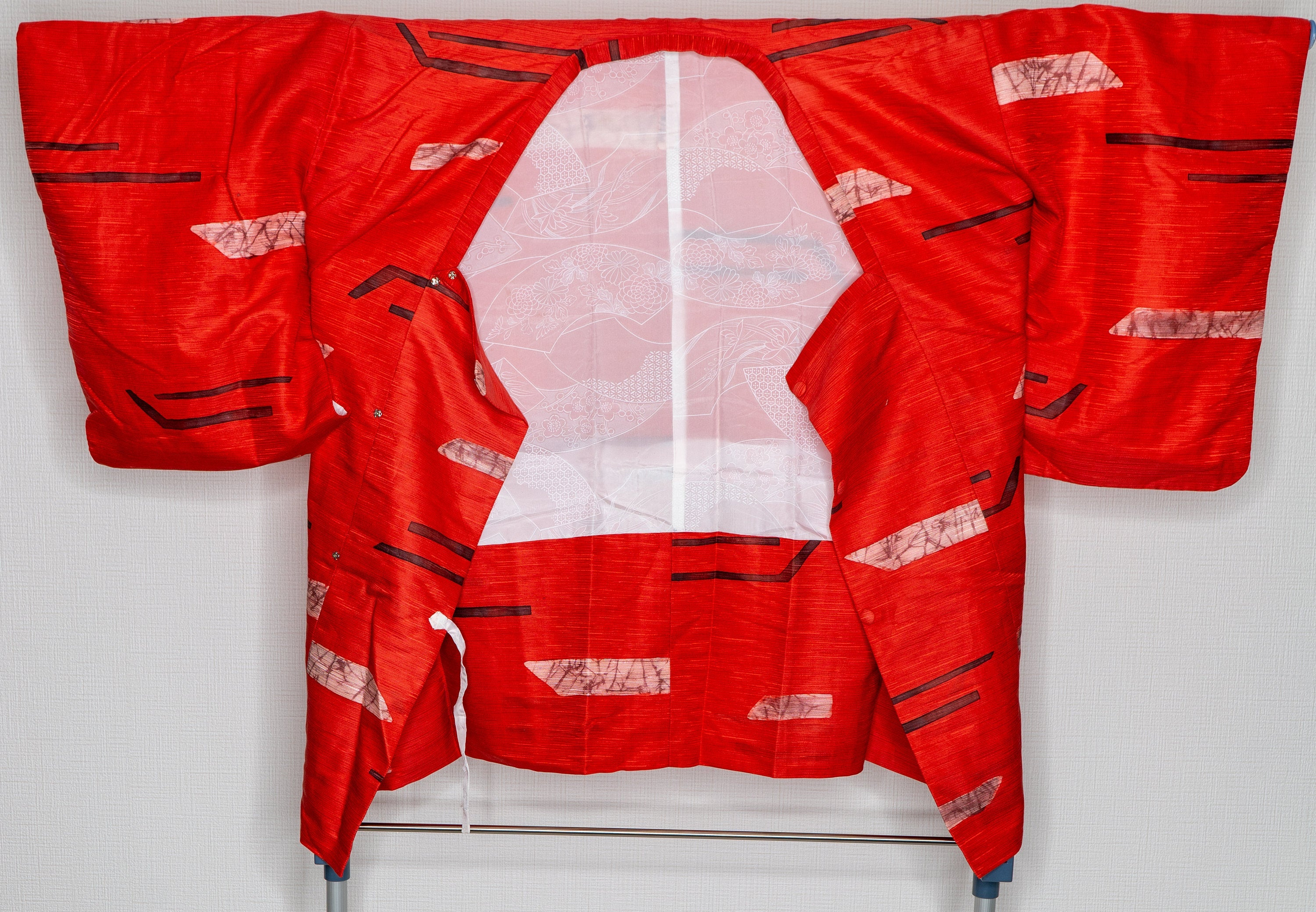 Abstract Symbols Red Haori - Modern Style Patterns Vintage Authentic Japanese Women's