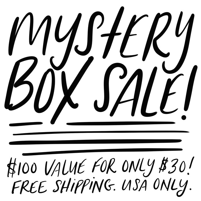 MYSTERY BOX (10 CARDS + 2 OTHER ITEMS)